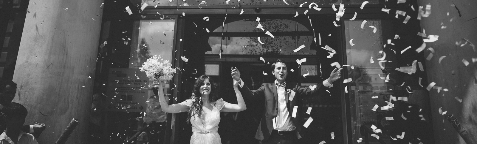 feature-chloe-lapeyssonnie-wedding-hype-fun-paris-moulin-ande_0021